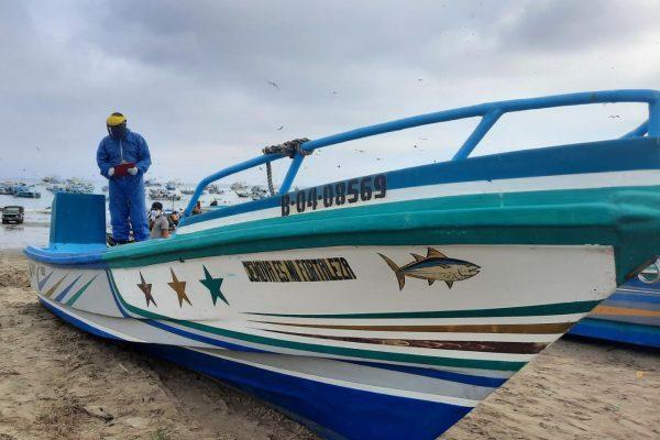 Manabí. Armada del Ecuador realiza varias inspecciones en los muelles de Manabí
