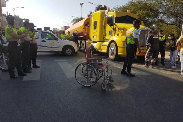 Manta Hombre que pedía limosna en la avenida 4 de Noviembre murió atropellado