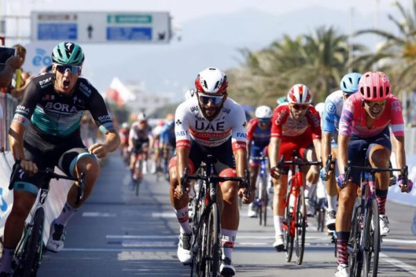 Ackermann le volvió a ganar a Gaviria en la Tirreno-Adriático