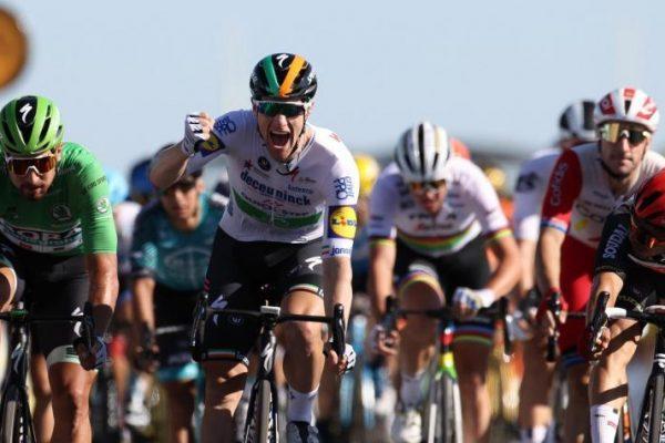 Sam Bennett ganó la etapa 10; Egan, Nairo, López y Urán, sin problemas