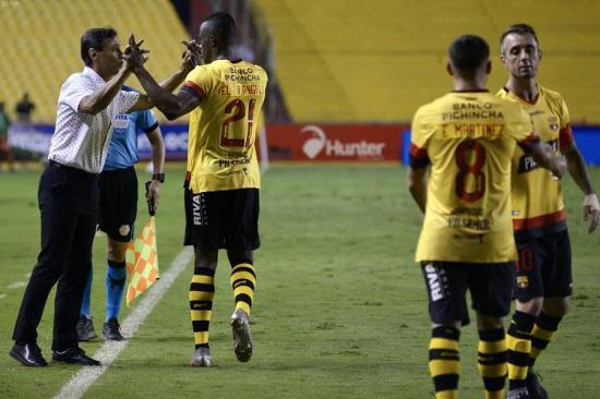 Liga de Quito, Católica, Independiente del Valle y Barcelona definirán 2 cupos en cinco fechas