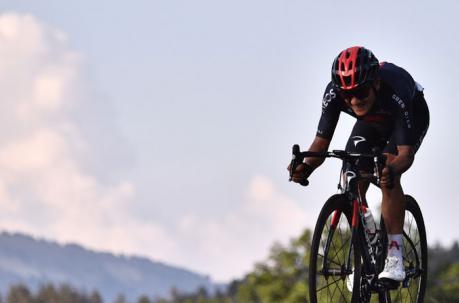 Histórico: Richard Carapaz logra su primer podio de etapa en el Tour de Francia.