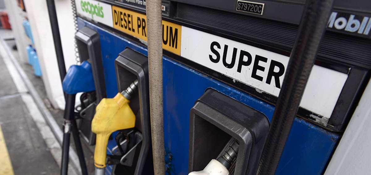 MANTA:Las gasolineras bajan el costo de gasolina Súper