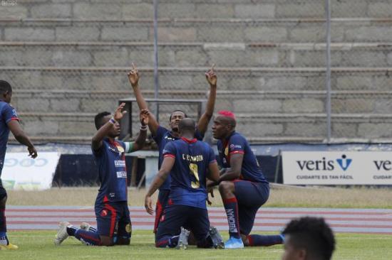 Olmedo derrotó por 2-0 a Delfín en el estadio Olímpico de Riobamba