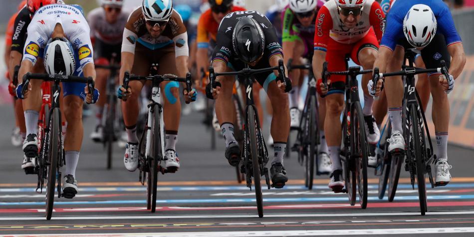 ¡Embalaje cerrado! Arnaud Démare ganó la cuarta etapa del Giro