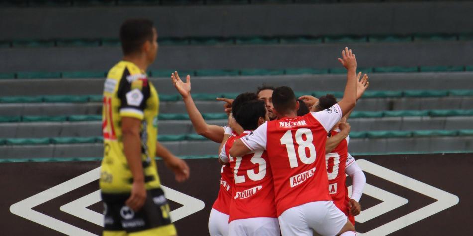 Santa Fe sigue encarrilado: goleó a Alianza y se montó en la tabla